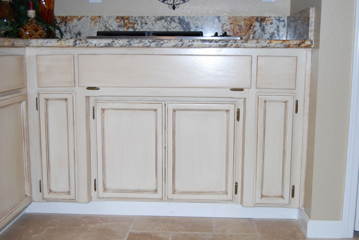 Faux finish kitchen cabinets chalk paint byzantine for Finished kitchen cabinets