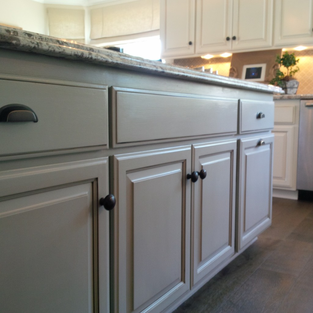 Finishes For Kitchen Cabinets: Faux Finish Kitchen Cabinets & Chalk Paint
